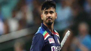 Shreyas Iyer Injury: Indian Batsman Walks Off Field During 1st ODI Against England With Shoulder Pain