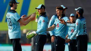 मैच से पहले England के खिलाड़ी करते हैं 'वीमेंस डियोडरेंट' यूज