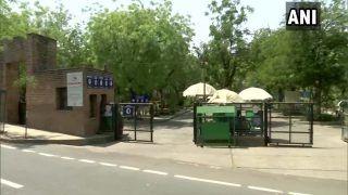 Gujarat Corona Virus: गुजरात में फूटा कोरोना बम, IIM अहमदाबाद के 40, IIT गांधीनगर के 25 छात्र मिले कोरोना पॉजिटिव