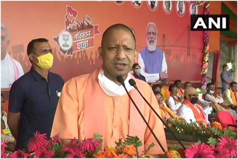 सपा सरकार में आतंकियों की आरती उतारी जाती थी, हिंदुओं पर झूठे मुकदमे होते थे: सीएम योगी