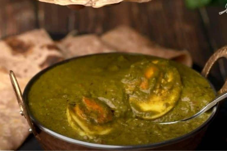 Egg Spinach Curry: Make Delicious Egg Spinach Curry in Just 40 Minutes- WATCH!