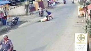 8-Month Pregnant Woman Dragged on Road & Robbed off Gold Chain in Chennai   CCTV Video Goes Viral