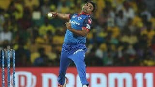 IPL 2021: Amit Mishra Gets a Warning For Applying Saliva on The Ball, Twitter Reacts