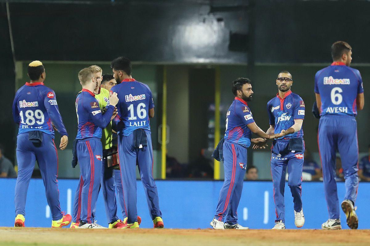 IPL: Delhi Beat Mumbai by 6 Wickets