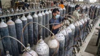 'I Understand Pain & Trauma of Covid Patients': UP Businessman Refills Oxygen Cylinders For Just Rs 1