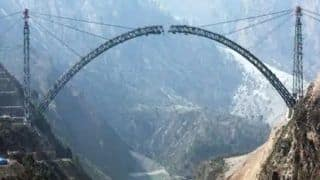 Railways Attempt Engineering Marvel In Final Completion of 5.3 Metre Chenab Arch |  Watch LIVE