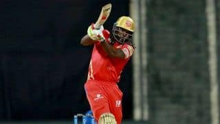 Chris Gayle REVEALS he is Getting a Lot of Messages After Punjab Kings Defeated Mumbai Indians | WATCH VIDEO