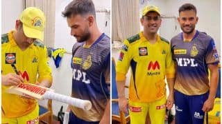 FANBOY Moment! Dhoni's Gesture Towards KKR Cricketer is Heartwarming
