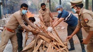 Good Samaritans: Noida Cops Help Daughter Perform Last Rites of Father