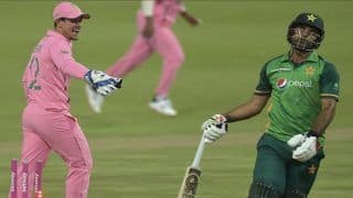 Waqar Younis on Quinton De Kock's Controversial Fake Run Out of Fakhar Zaman, Says 'What About The Cheeky Giggle?'