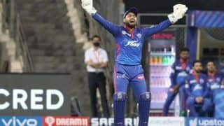 Rishabh Pant Informs Umpire About Wastage of Time During RR vs DC to Avoid Over Rate Fine During IPL 2021