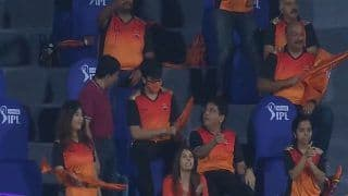 SRH Mystery Girl Fan Without a Mask Video Goes Viral During IPL 2021 Game vs KKR at Chennai | WATCH VIDEO