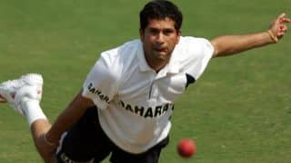 3 Times When Sachin Tendulkar Delivered With The Ball - Watchs
