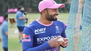IPL 2021: चाहे Jasprit Bumrah हों या फिर Ashwin या Harbhajan, सबका बॉलिंग ऐक्शन कॉपी करना जानते हैं श्रेयस गोपल, देखें- VIDEO