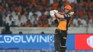 IPL 2021: SRH के कप्तान डेविड वार्नर ने कहा- मनीष पांडे को प्लेइंग इलेवन से बाहर करना चयनकर्ताओं का कठोर फैसला था
