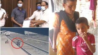 Humanity is Still Alive: Railways Hero Mayur Shelke Who Saved a 6-Year-Old Child Donates Half of Reward Money For His Education