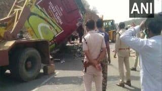 Big Accident In Madhya Pradesh: मजदूरों से भरी बस ग्वालियर में पलटी, 3 की मौत-15 घायल, मचा हड़कंप