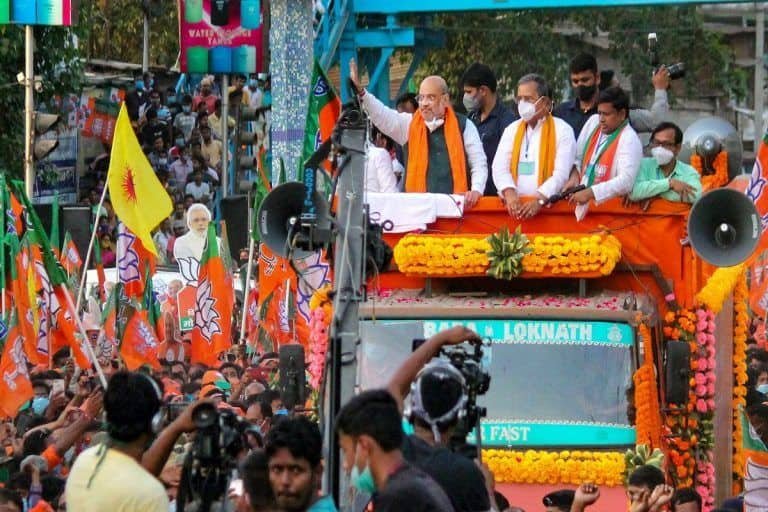 Bengal Elections: BJP Will Not Hold Big Public Meetings Anymore, to Hand Out Masks to 6 Crore People