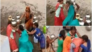 Two Women Fight Over Water in MP's Panna, Thrash Each Other With Utensils | Watch Viral Video