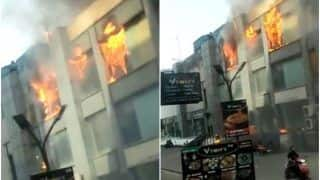 Fire Breaks Out at Jaipuria Mall in Ghaziabad, Fire Tenders Rushed to Spot   Watch Video
