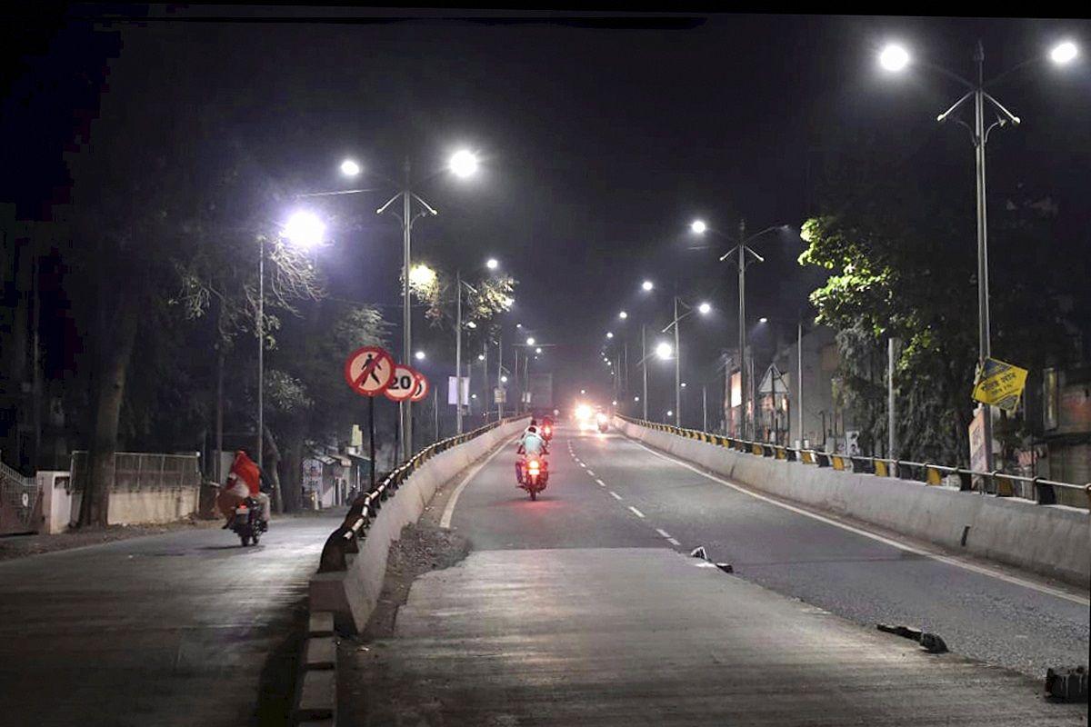 Delhi Night Curfew News: कोरोना के कहर के बाद दिल्ली में भी पाबंदियों का  होगा ऐलान! सरकार कर रही यह तैयारी - Delhi night curfew news delhi to impose night  curfew as