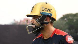 RCB Skipper Virat Kohli Motivates Teammates With a Powerful Speech Ahead of Opening Match | WATCH