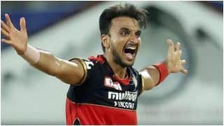 Virat Kohli Gives You The Space to do Your Thing: Harshal Patel Hails RCB Skipper After IPL 2021 Gets Suspended