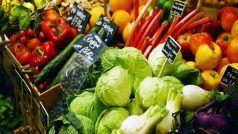 Vegetable Price Hike: बेमौसम बारिश ने बिगाड़ा खेल, सब्जियों और फलों के दाम बढ़े