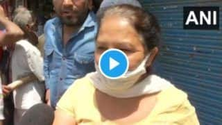Hundreds Queue up Outside Liquor Shops in Delhi, Woman Says 'Injection Nahi, Alcohol Fayda Karegi' | Watch Video