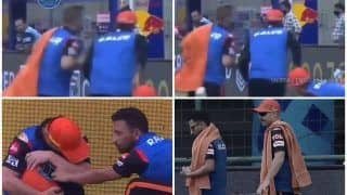 David Warner Racing to Serve Drinks During RR vs SRH IPL 2021 Game, Video Goes Viral | WATCH