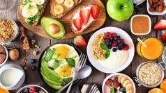 Foods For Glowing Skin: चमकती त्वचा के लिए रोज खाएं ये फूड्स, हमेशा दिखेंगे जवां-जवां