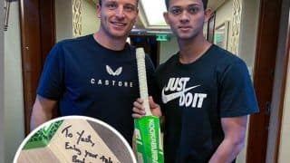Jos Buttler's Heartwarming Gesture Towards Rajasthan Royals Star Yashaswi Jaiswal After IPL 2021 Gets Suspended Goes Viral | PIC