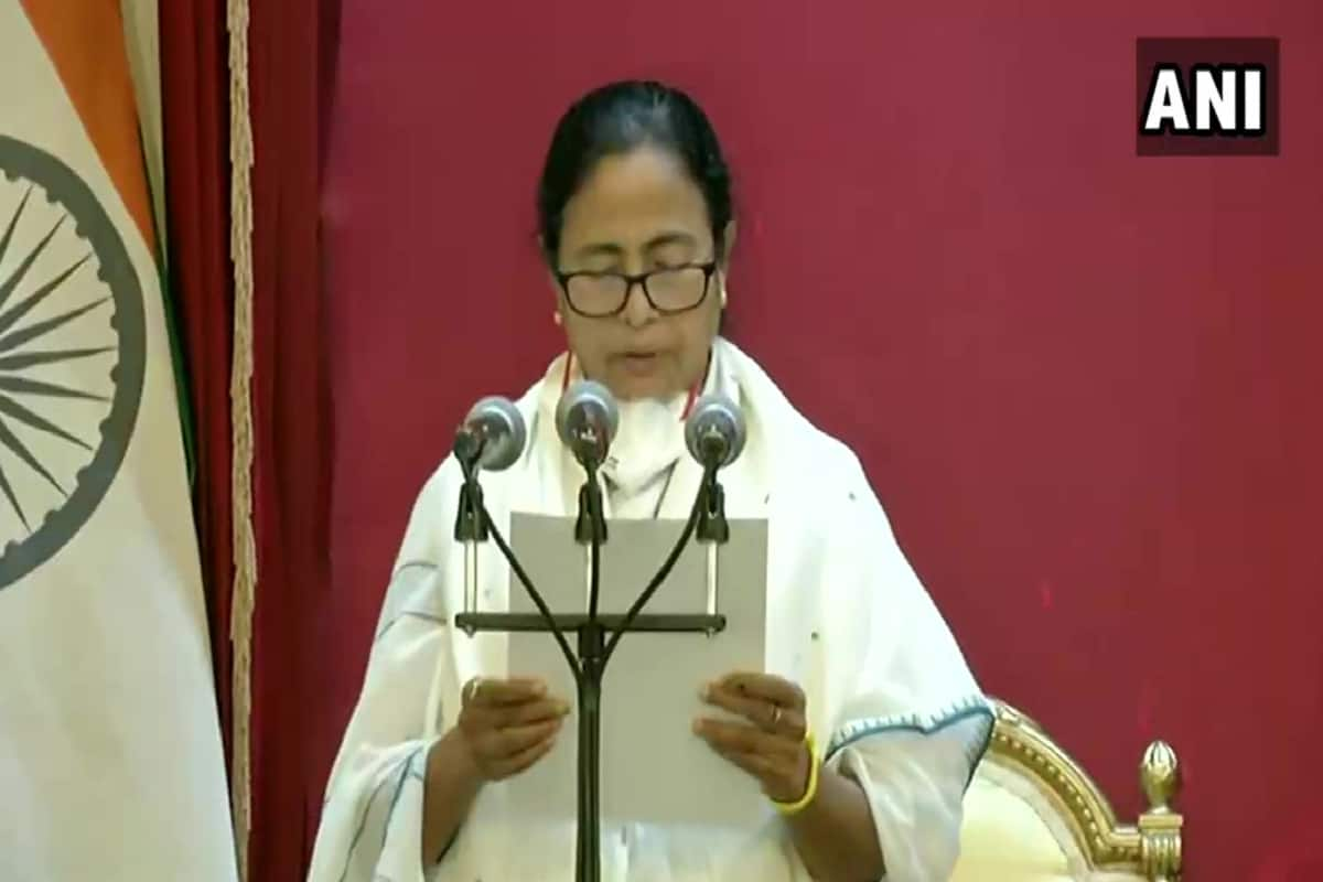 Mamata Banerjee Takes Oath As West Bengal CM, Says Tackling COVID Crisis Her First Priority