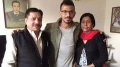 Yuzvendra Chahal के पिता कोरोना वायरस की चपेट में आने के बाद अस्पताल में भर्ती, पत्नी Dhanashree ने दी जानकारी