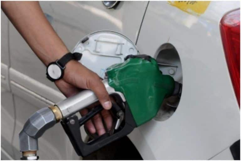 Did Someone Say Free Petrol? A Private Company in Tamil Nadu is Offering 1-lt of Fuel on THIS Condition