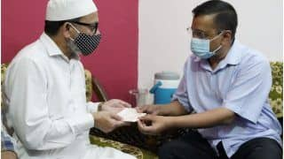 दिल्ली: डॉक्टर अनस के परिजनों को केजरीवाल ने सौंपा एक करोड़ का चेक, कोरोना से हुई थी मौत