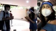 Sara Ali Khan का फैन पर फूटा गुस्सा,मास्क उतारकर मांगी सेल्फी तो एक्ट्रेस ने यूं लगाई डांट- VIDEO
