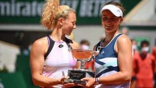 French Open 2021: बारबोरा क्रेसीकोवा ने हासिल की दोहरा सफलता; सिंगल्स के बाद कैटरिना सिनियाकोवा के साथ मिलकर डबल्स खिताब जीता