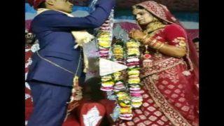 Dulha Dulhan Chipke: वरमाला में एक-दूजे संग चिपके दूल्हा-दुल्हन, हो गई गुत्थम-गुत्थी, किसने किसको फंसाया, देखें Viral Video