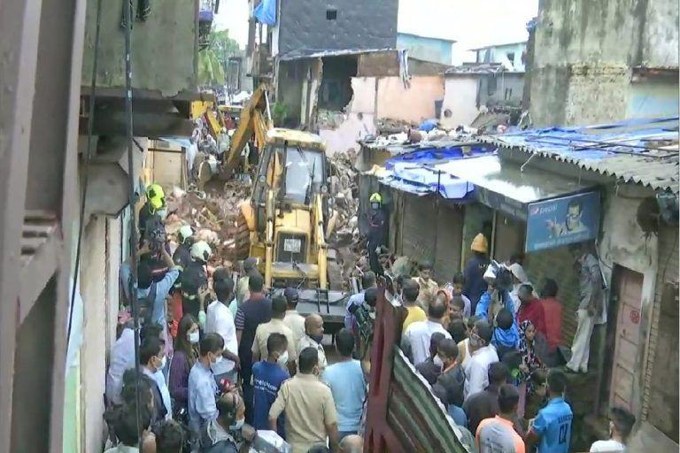 Malad Building Collapse: मालाड इमारत दुर्घटनेत 12 जणांचा मृत्यू, 7 जण गंभीर जखमी