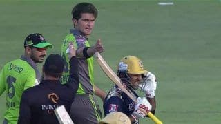 PSL 2021: Sarfaraz And Shaheen Engage in Heated Exchange During Quetta Gladiators vs Lahore Qalandars Match | VIDEO