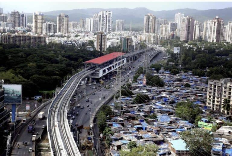 Full Lockdown in Mumbai Will Continue For Now Due to Rain, Influx of Migrants, BMC Issues Fresh Order