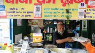 Full Circle? Baba ka Dhaba Couple Forced to Return to Old Stall After New Restaurant Shuts Down, Struggle to Find Customers