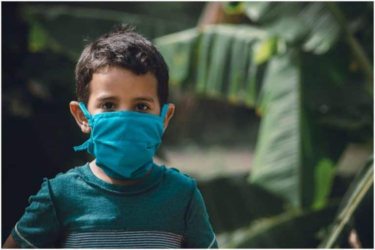 Third Wave of Corona in Karnataka? Rising Viral Flu Cases of Children in 12 Districts Keep Authorities on Their Toes