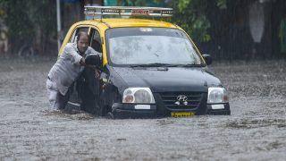 Mumbai Rain: मुंबई में मॉनसून की दस्तक, भारी बारिश के बाद कई इलाकों में जल भराव; IMD ने जारी किया रेड अलर्ट