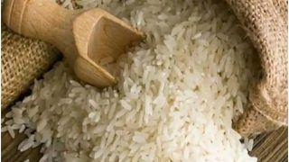 Kache Chawal Khane Ke Nuksan: कहीं आपको भी तो नहीं है कच्चे चावल खाने की आदत? हो सकता है भारी नुकसान