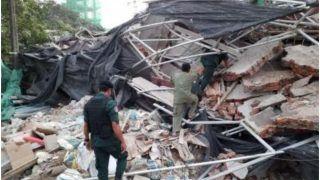 Video: बिहार में मस्जिद के पास मदरसे में बम विस्फोट, सड़क के दूसरी तरफ जा गिरा इमारत का हिस्सा