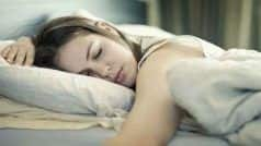 Health Alert: नींद से संबंधित ये बीमारी भारत में 40 लाख लोगों को कर रही परेशान, बचकर रहें