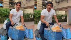 Sonu Sood ने साइकिल पर बेचना शुरु किया अंडा-ब्रेड, कहा- 'होम डिलीवरी के लेंगे एक्स्ट्रा पैसे'...VIDEO
