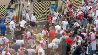 WATCH: English Fans Attack Italians, Racially Abuse Them, Insult Flag After EURO 2020 Final at Wembley; Video Goes Viral